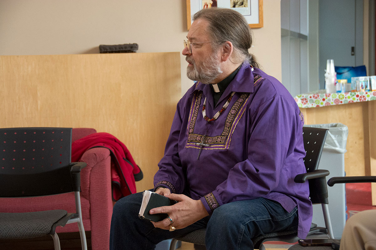 2016 Bishop Mark visits Spiritual Affairs, Trent University for Truth and Reconciliation